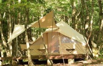 山梨のグランピング施設PICAFUJIYAMA、自然の中でテント泊