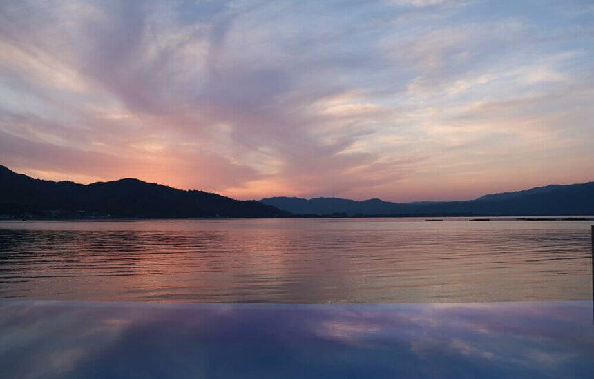 カップル向けヴィラ、コスタデマーレ・ペスカドールから見る夕日