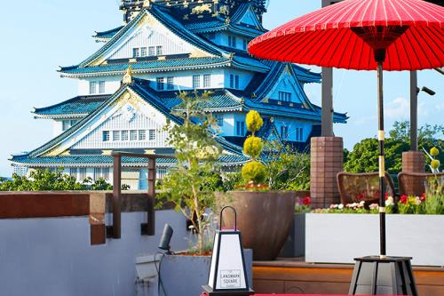 大阪城を見ながら「ブルーバーズ ルーフトップテラス」でBBQ