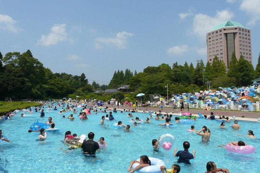 リソルの森大型プール