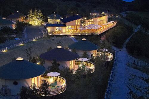 素敵な円形の建物に泊まれるグランシャリオ淡路