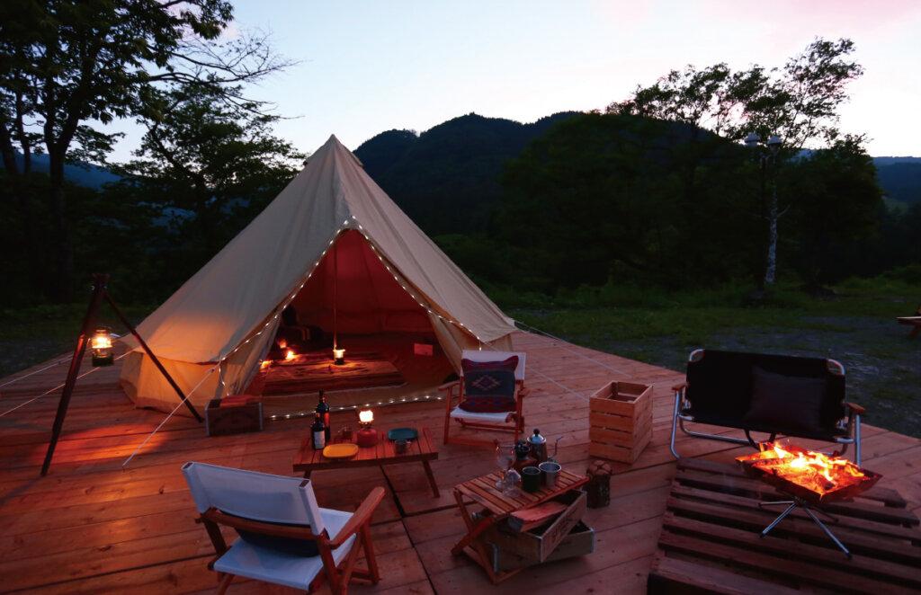 自然をより近くに感じれ、テント泊OKのめいほう高原キャンプフィールド