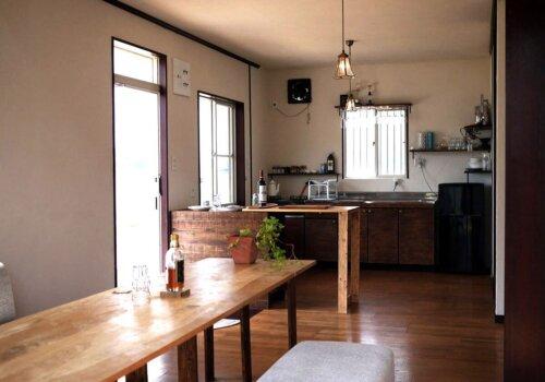 一棟貸切、落ち着いた室内でゆっくりくつろげる「瀬戸内隠れ家リゾートCiela」