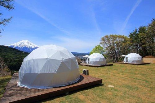 杓子山ゲートウェイキャンプのドームテントは富士山ビュー