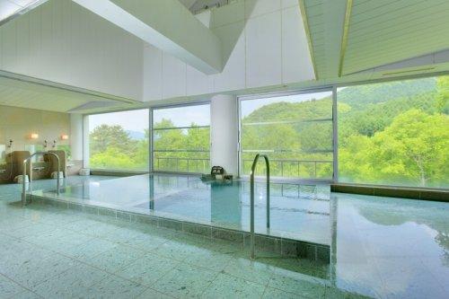 群馬県の水上高原グランピングフィールドの大浴場